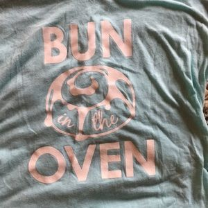 """Bun in the Oven"" mint colored maternity shirt"